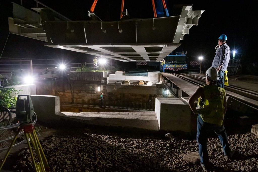 Új vasúti híd a Könyves Kálmán körúton